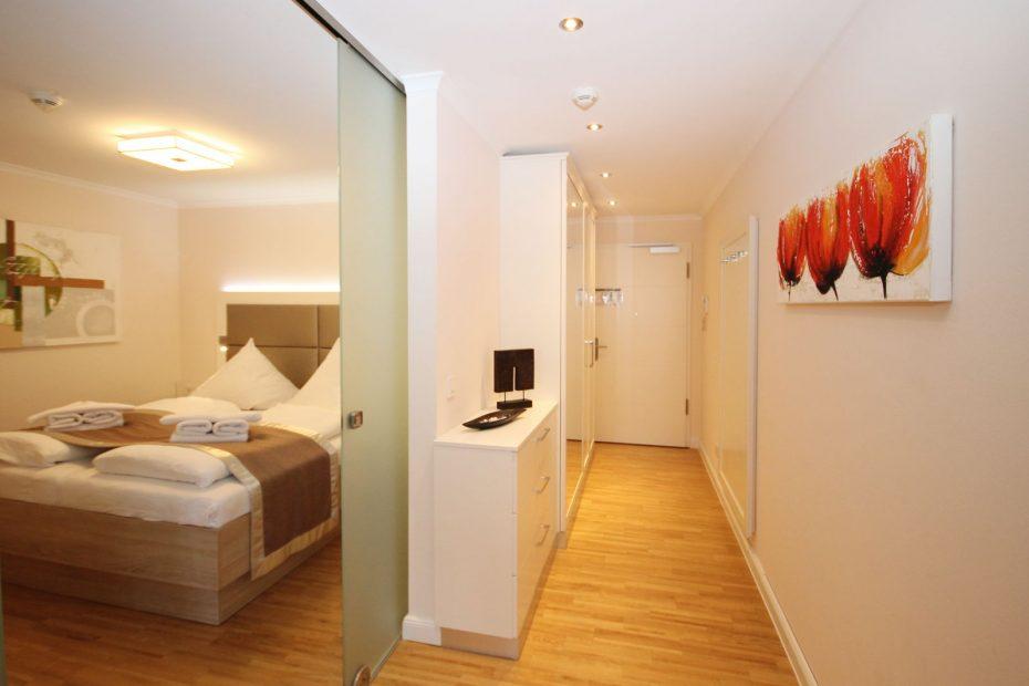 Apartment 10 Flur