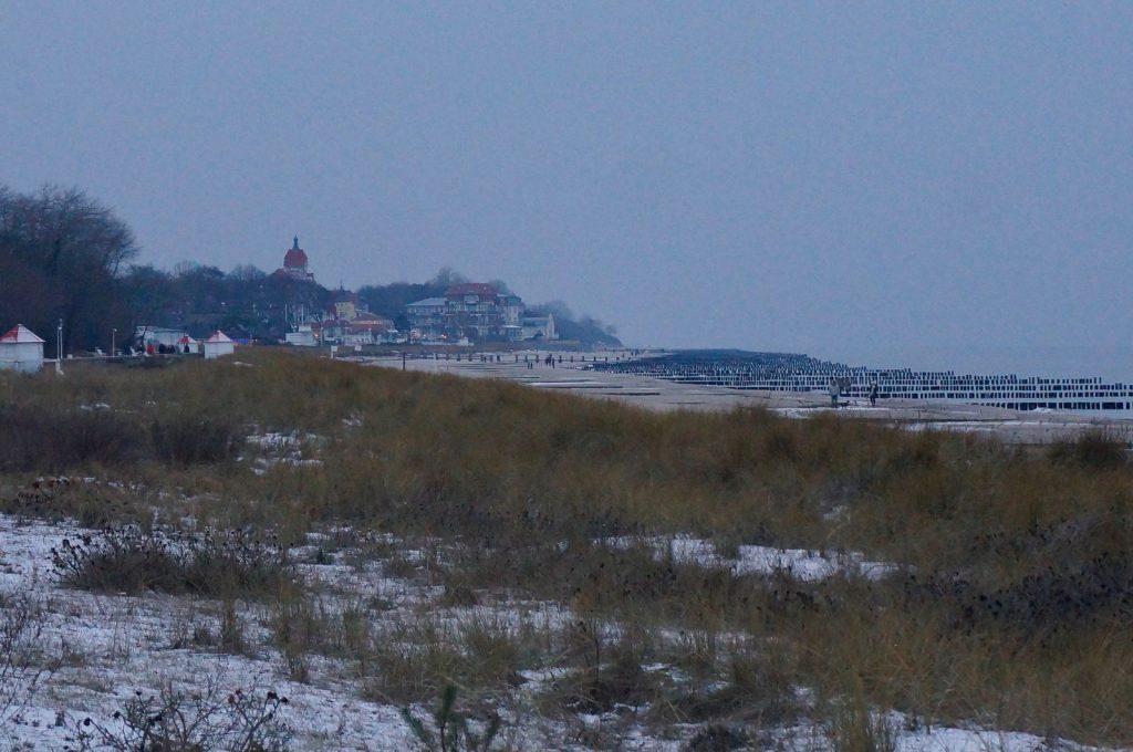 Ostseestrand in Kühlungsborn im Winter