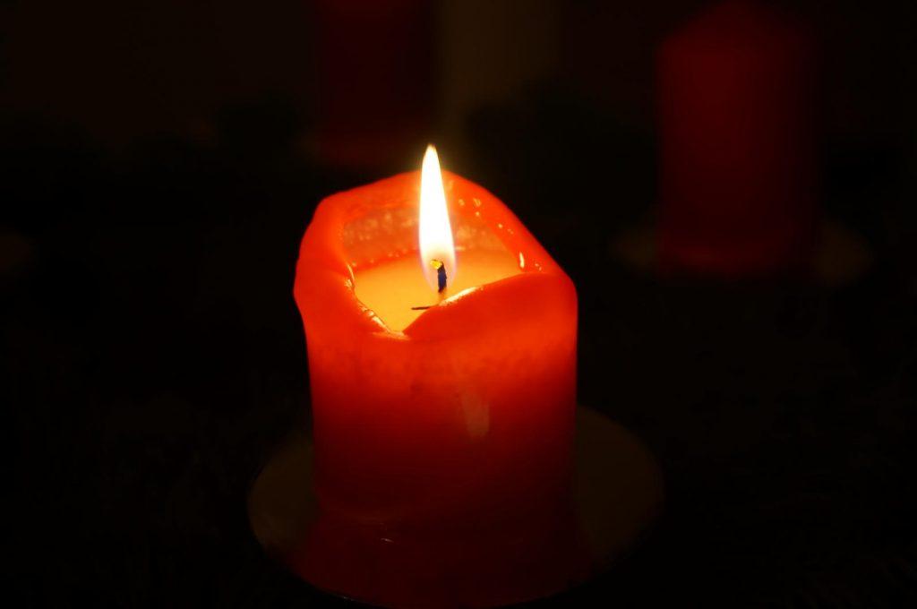 Kerze Advent Kühungsborn